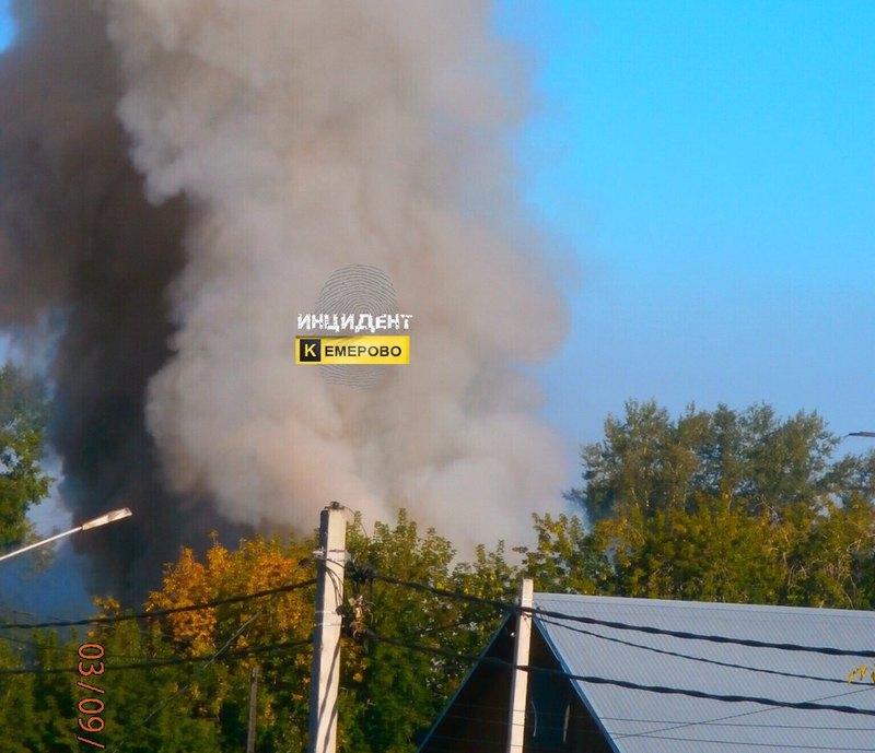 ВКемерове произошел пожар вдеревообрабатывающем цехе