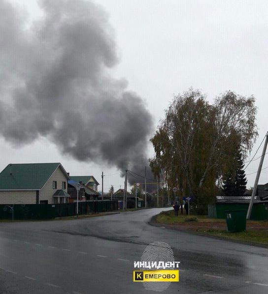 ВКемеровском районе наМеталлплощадке из-за взрыва вгараже сгорели автомобили