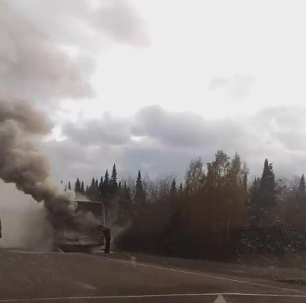 Натрассе под Кемеровом горел пассажирский автобус