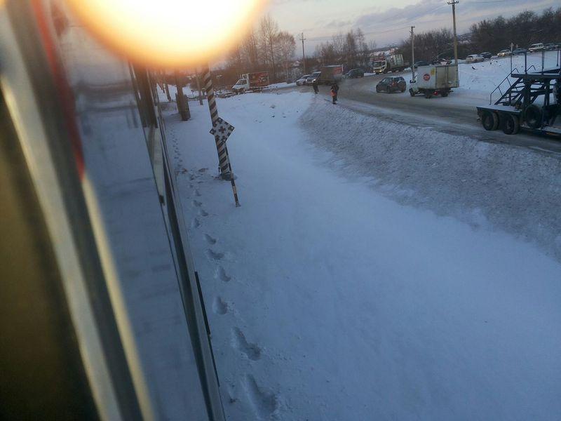 Женщина вдруг упала под поезд: катастрофа под Новокузнецком
