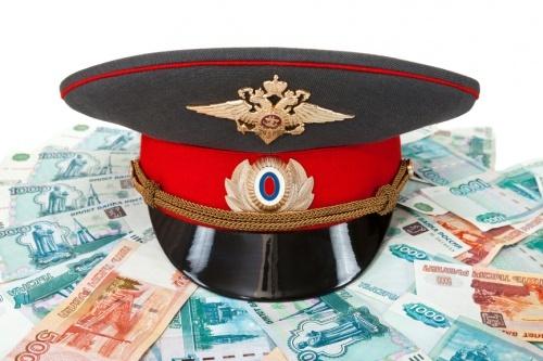 ВНовокузнецке полицейский похитил изслужебного сейфа 100 тыс. руб.