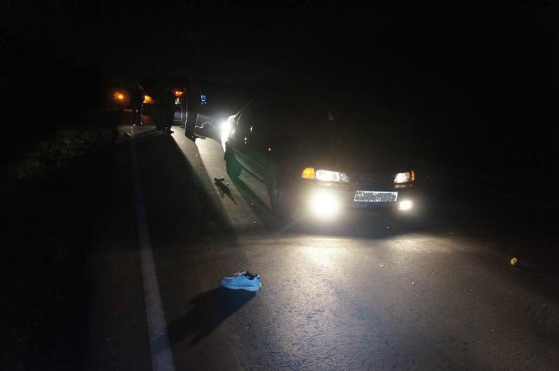 Накузбасской трассе шофёр Лада Granta насмерть сбил пешехода